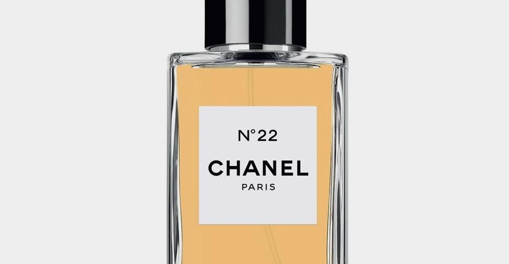 Autre floral aldéhydé de Chanel, N°22 est superbe mais peu connu. A découvrir dans la ligne Les Exclusifs.