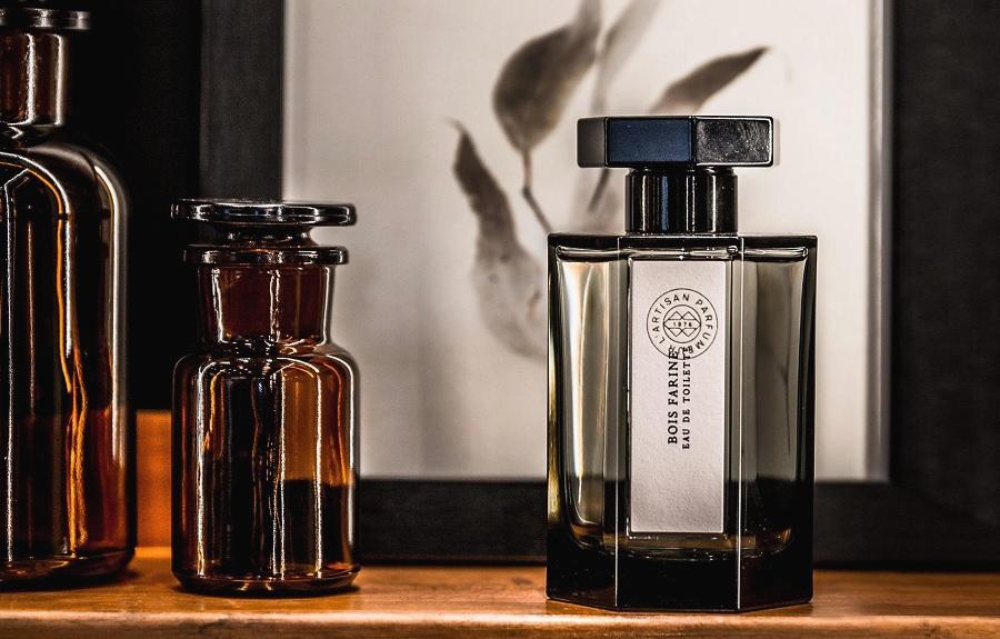 bois farine l artisan parfumeur