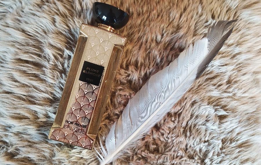 plume blanche lalique parfumista